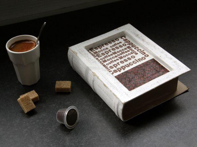 un crin sur mesure pour vos capsules de caf les. Black Bedroom Furniture Sets. Home Design Ideas