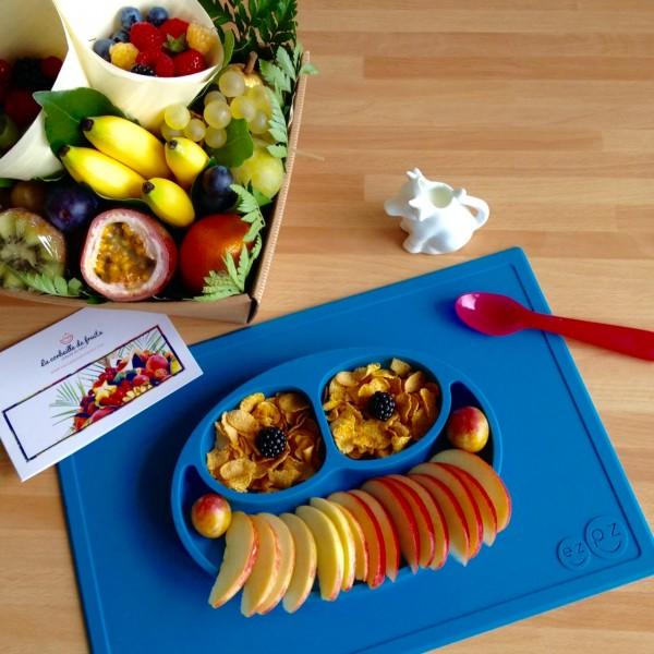 Petit déjeuner avec La corbeille de fruits