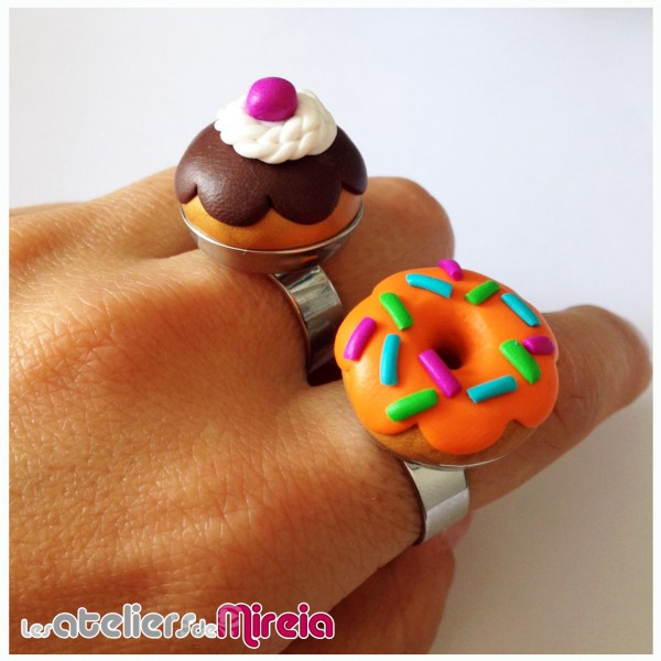 Modelage Fimo gourmandise bague chou donut