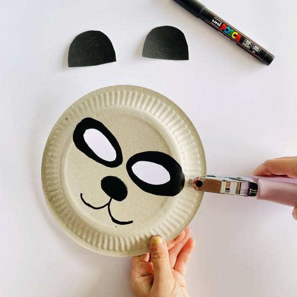 Déguisements récup panda masque